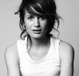 2007-2008: Grey&#39;s Anatomy – <b>Rebecca Pope</b> * 2008: Against the current – Liz ... - b1-r_p_236645_5_b1l_p_164221_7_elizabethreaseresmecullen